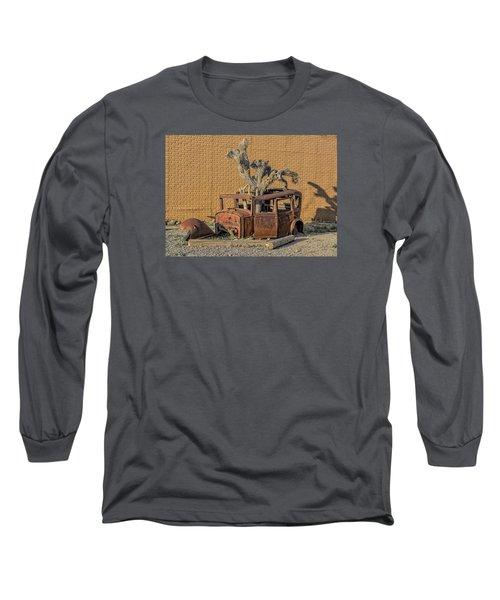 Rusty In The Desert Long Sleeve T-Shirt