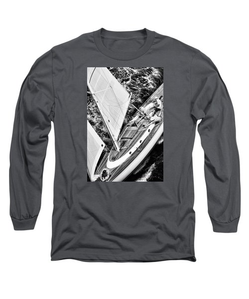 Sailing A Classic Long Sleeve T-Shirt
