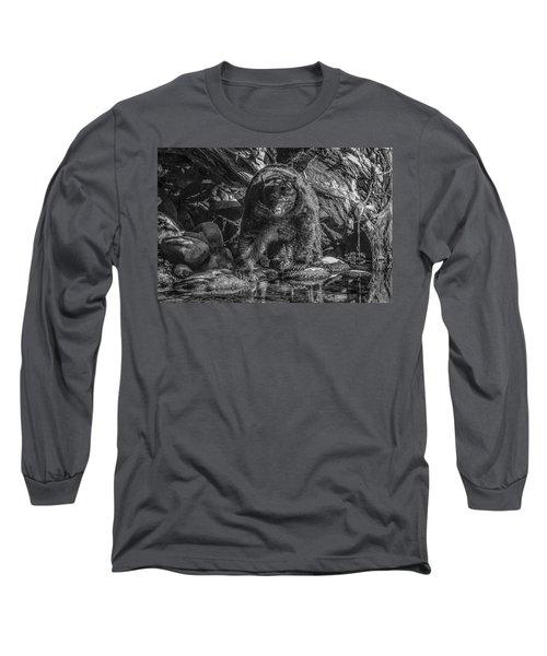 Salmon Seeker Black Bear  Long Sleeve T-Shirt