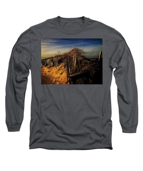 Sandy Neck Winter Light Long Sleeve T-Shirt