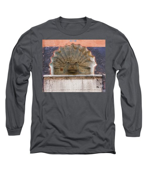Shell Shaped Fountain In San Miguel Mexico Long Sleeve T-Shirt