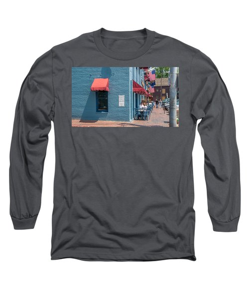 Long Sleeve T-Shirt featuring the photograph Sidewalk Cafe Annapolis by Charles Kraus