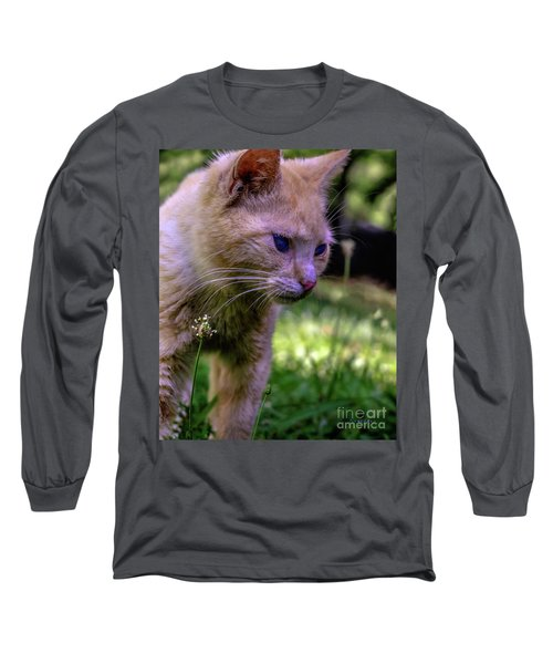 Skippy Feral Cat Portrait 0369b Long Sleeve T-Shirt