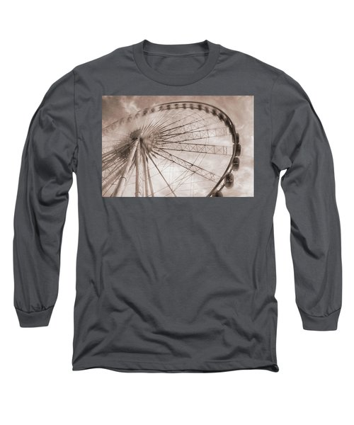 Skywheel In Niagara Falls Long Sleeve T-Shirt