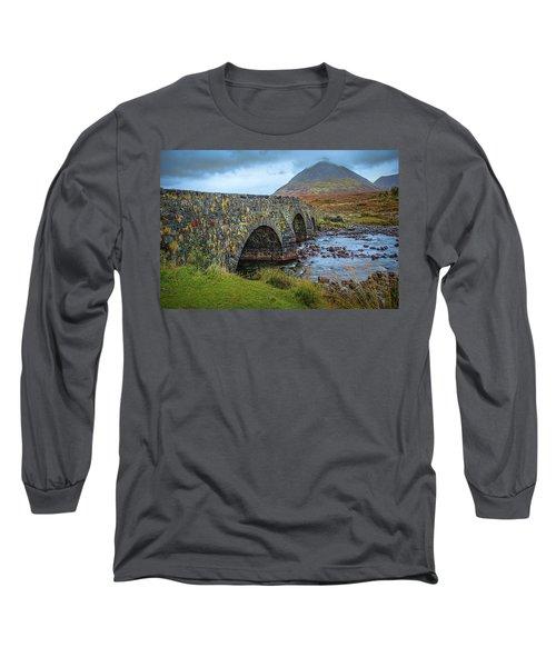 Sligachan Bridge View #h4 Long Sleeve T-Shirt