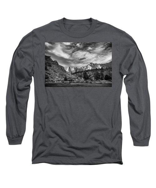 Smith Rock Bw Long Sleeve T-Shirt