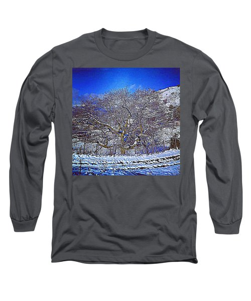 Snowy Long Sleeve T-Shirt