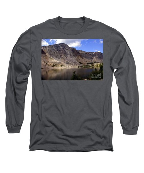 Snowy Mountian Loop 8 Long Sleeve T-Shirt