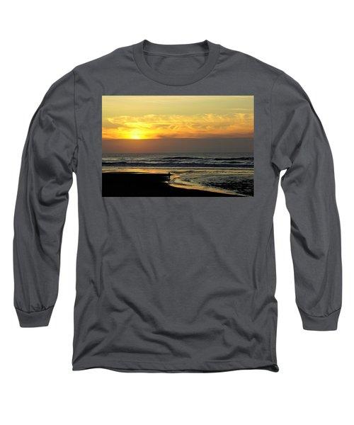 Solo Sunset On The Beach Long Sleeve T-Shirt