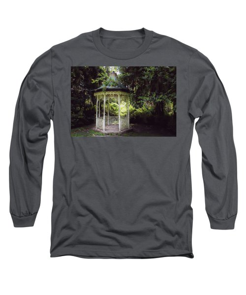 Long Sleeve T-Shirt featuring the photograph Southern Charm by Jessica Brawley