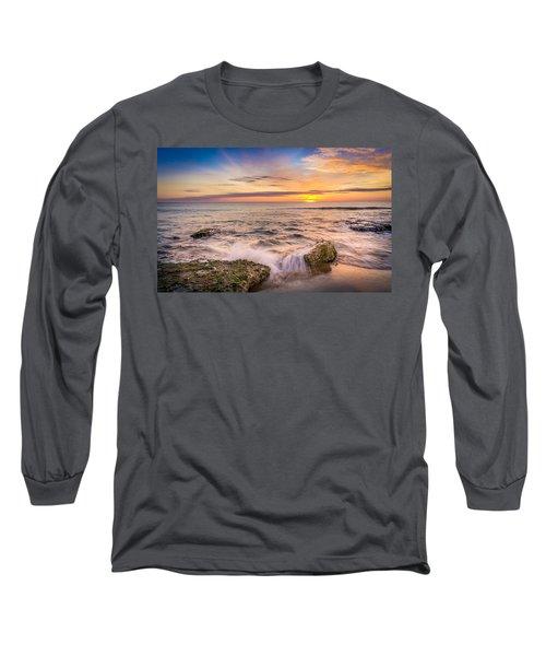Splashing Waves. Long Sleeve T-Shirt