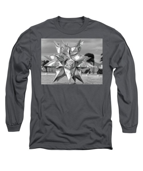 Star Long Sleeve T-Shirt by Beto Machado