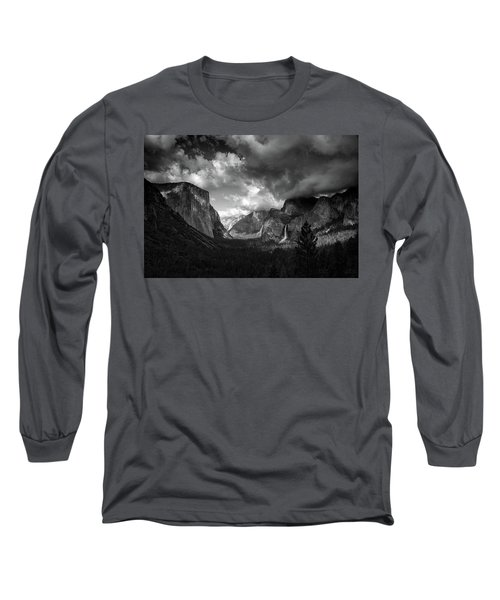 Storm Arrives In The Yosemite Valley Long Sleeve T-Shirt