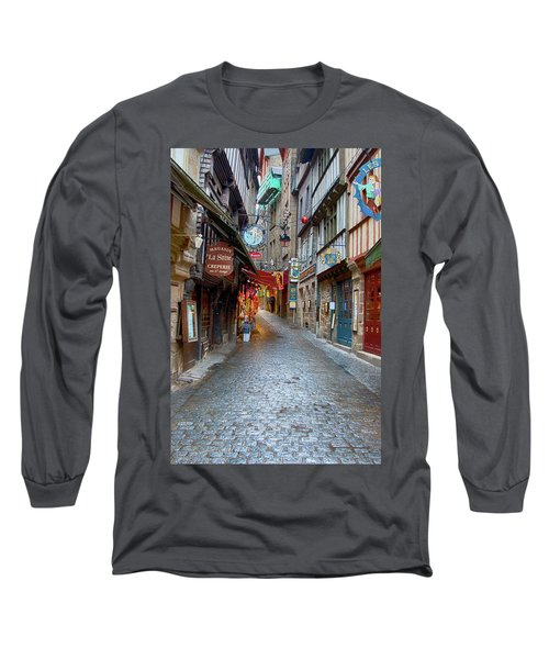 Street Le Mont Saint Michel Long Sleeve T-Shirt