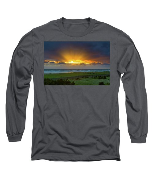 Sun Rays At Long Beach Washington During Sunset Long Sleeve T-Shirt
