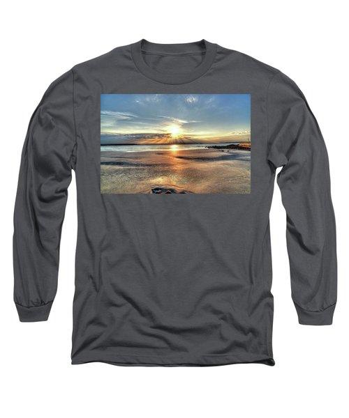 Sunrise Over Red Rock Park Lynn Ma Kings Beach Long Sleeve T-Shirt