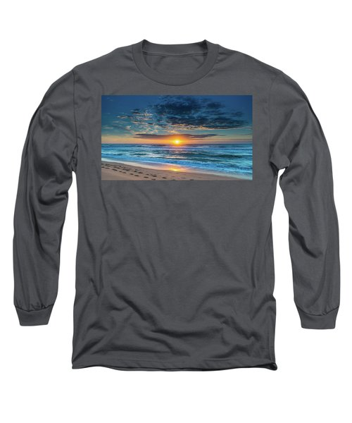 Sunrise Seascape With Footprints In The Sand Long Sleeve T-Shirt