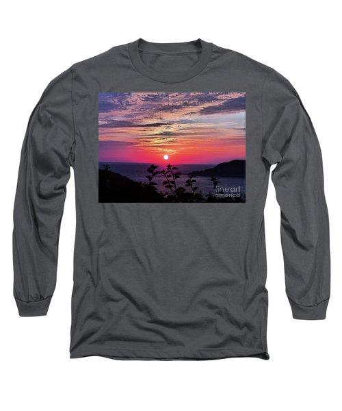 Sunset On Zihuatanejo Bay Long Sleeve T-Shirt