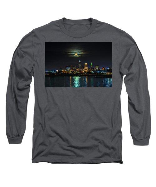 Super Full Moon Over Cleveland Long Sleeve T-Shirt