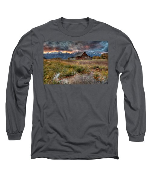 Teton Nightfire At The Ta Moulton Barn Long Sleeve T-Shirt
