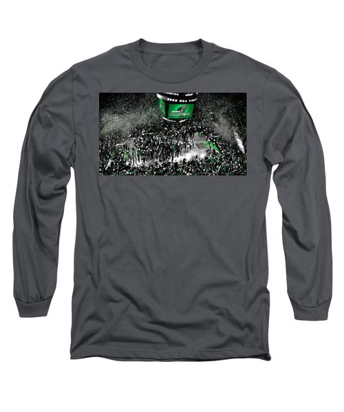 The Boston Celtics 2008 Nba Finals Long Sleeve T-Shirt by Brian Reaves