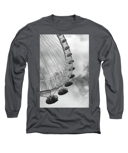 Long Sleeve T-Shirt featuring the photograph The London Eye, London, England by Richard Goodrich