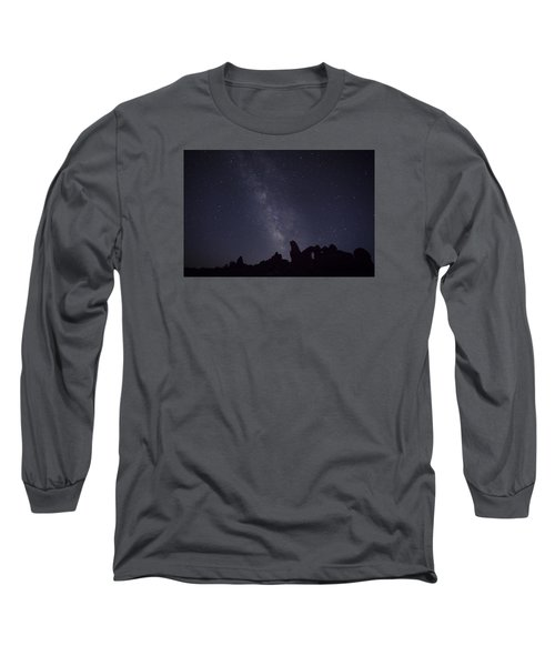 The Milky Way Over Turret Arch Long Sleeve T-Shirt
