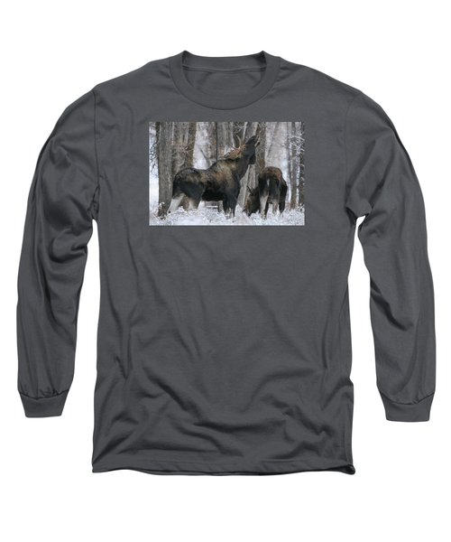 Long Sleeve T-Shirt featuring the photograph The Rut by Gary Hall