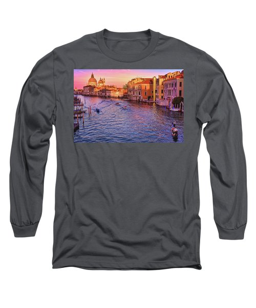 The Sun Is Setting In Venice Long Sleeve T-Shirt