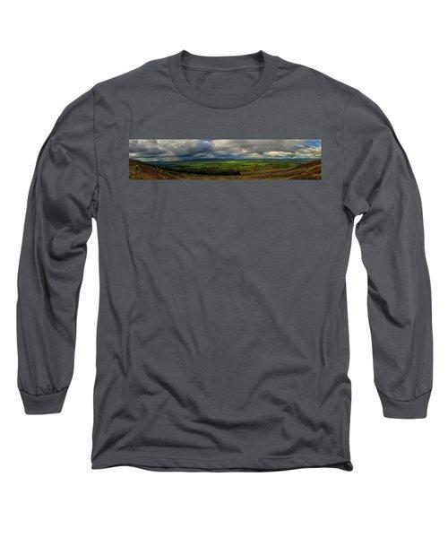 The Vee  Long Sleeve T-Shirt