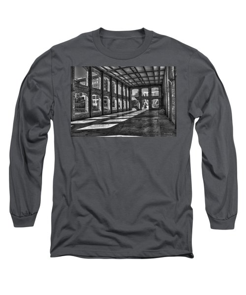 The Venue Bw Old Mill Wedding Venue Reedy River South Caroline Art Long Sleeve T-Shirt