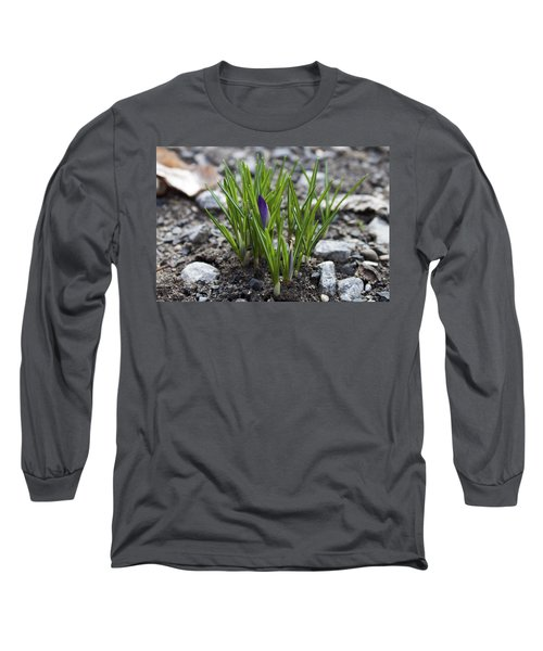 Long Sleeve T-Shirt featuring the photograph The Wait by Jeff Severson