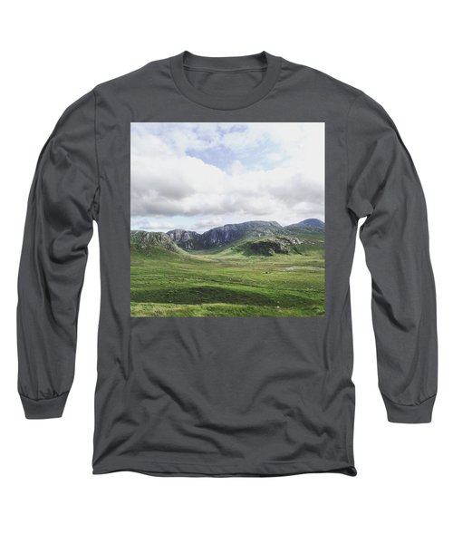 There's No Green Like Ireland's Green Long Sleeve T-Shirt