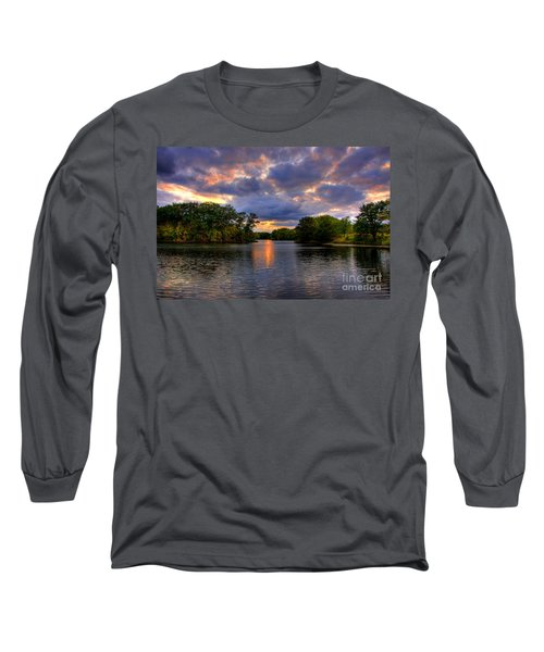 Thomas Lake Park In Eagan On A Glorious Summer Evening Long Sleeve T-Shirt