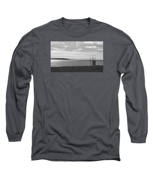 Long Sleeve T-Shirt featuring the photograph Toronto Winter Beach by Valentino Visentini