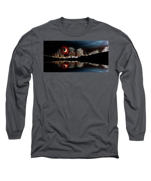 Tree Reflections Landscape-solar Eclipse 2017 Long Sleeve T-Shirt