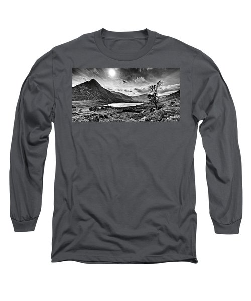 Tryfan And Llyn Ogwen Long Sleeve T-Shirt