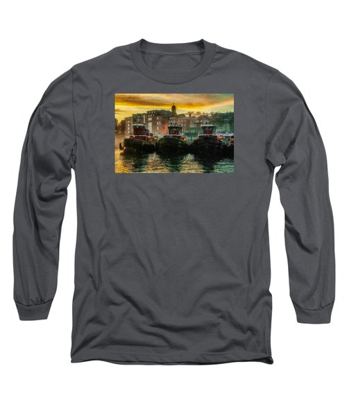 Tugboats In Portsmouth Harbor At Dawn Long Sleeve T-Shirt