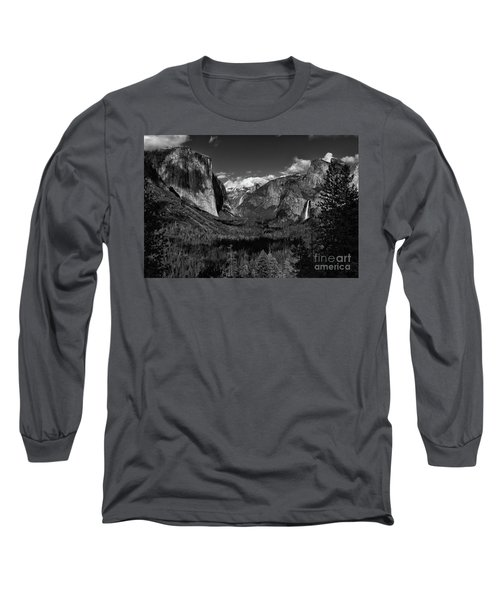 Tunnel View Black And White  Long Sleeve T-Shirt