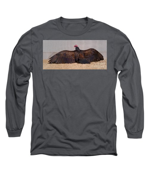 Turkey Vulture Spreading Wings Long Sleeve T-Shirt