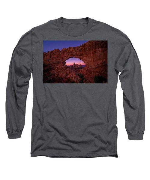 Turret Arche  Long Sleeve T-Shirt