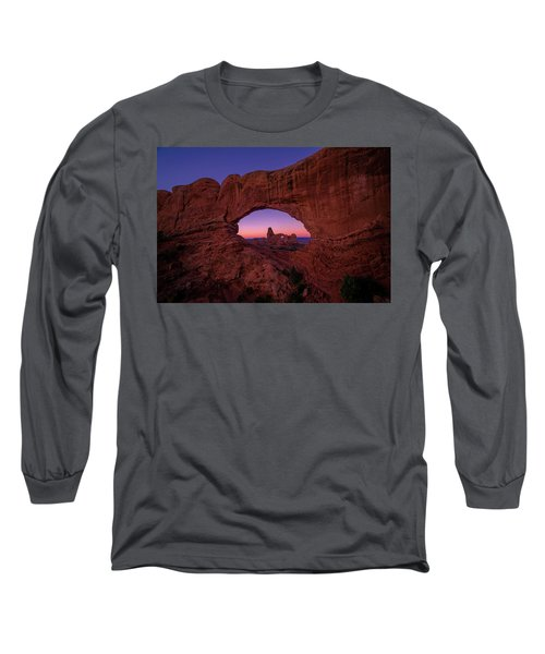 Turret Arche  Long Sleeve T-Shirt