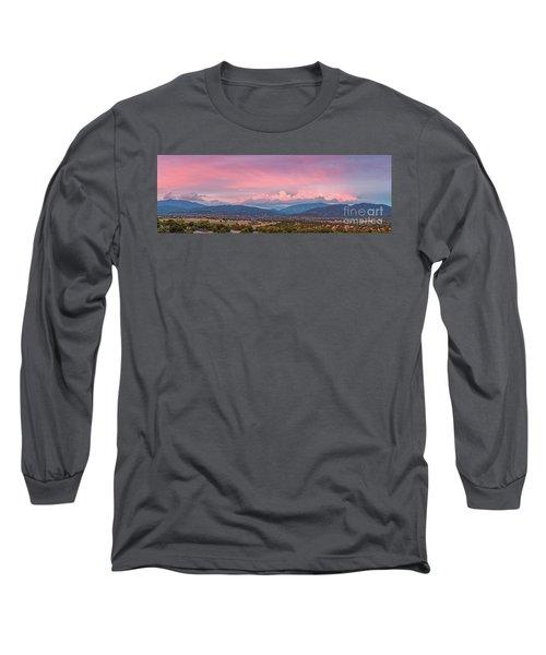 Twilight Panorama Of Sangre De Cristo Mountains And Santa Fe - New Mexico Land Of Enchantment Long Sleeve T-Shirt