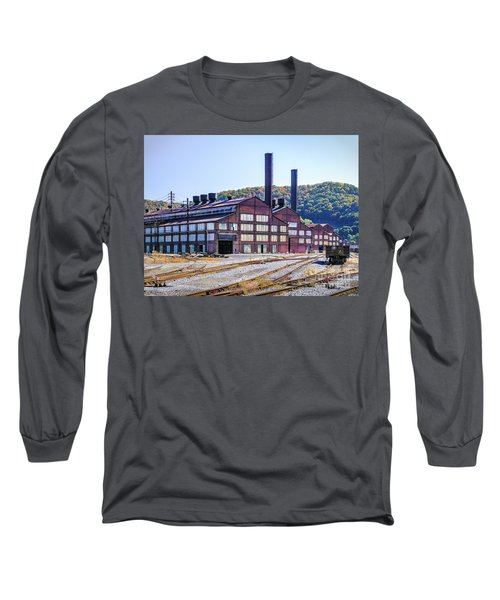 Vacant Steel Mill - Johnstown Pa Long Sleeve T-Shirt