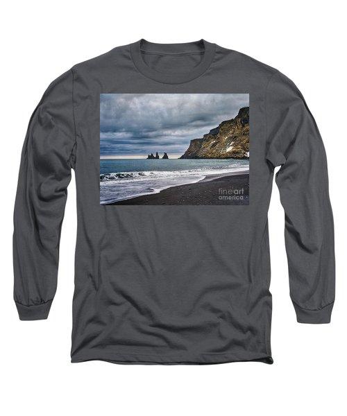 Vik Winter Wonderland Beach Long Sleeve T-Shirt