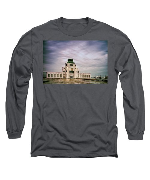 Vintage Architectural Photograph Of The 1940 Air Terminual Museum - Hobby Airport Houston Texas Long Sleeve T-Shirt