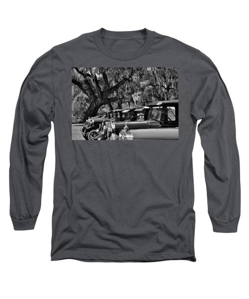 Vintage Ford Line-up At Magnolia Plantation - Charleston Sc Long Sleeve T-Shirt