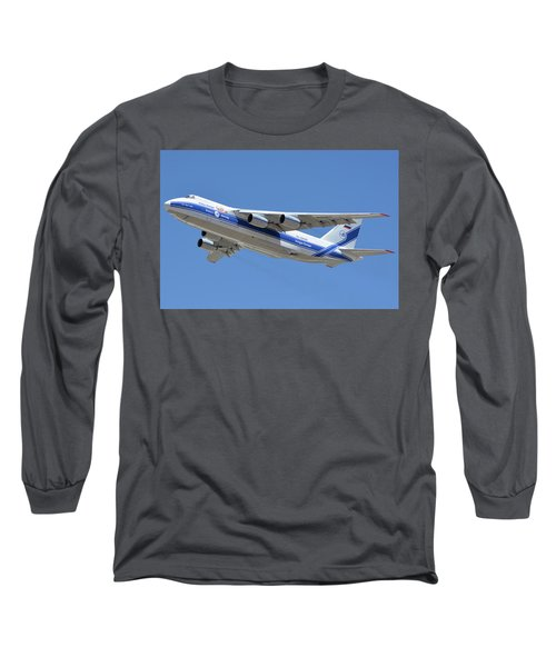 Long Sleeve T-Shirt featuring the photograph Volga-dnepr An-124 Ra-82068 Take-off Phoenix Sky Harbor June 15 2016 by Brian Lockett