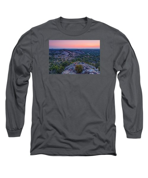 Waiting For Sunrise At Turkey Peak - Enchanted Rock Fredericksburg Texas Hill Country Long Sleeve T-Shirt
