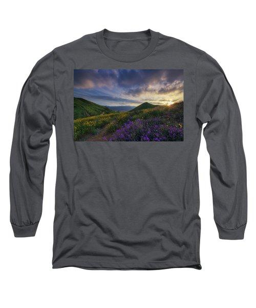 Walker Canyon Long Sleeve T-Shirt